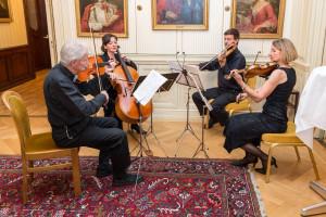 Das Streichquartett Arco Felice untermalte mit Musik aus der Zeit von Clausewitz den Abend