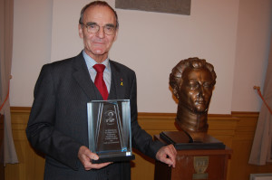 Der Preisträger Generalleutnant a.D. Dr. Klaus Olshausen