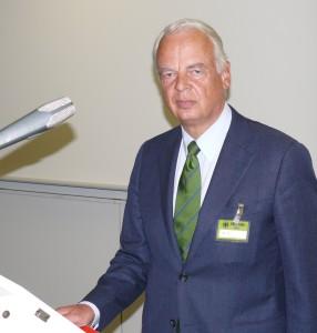 Gesandter a.D. Joachim v. Arnim