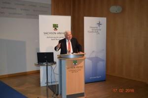 """Michael Rühle trägt vor zum Thema """"Neue Dimensionen der nuklearen Bedrohung?"""""""
