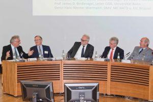 Jürgen Klimke, Prof. James D. Bindenagel, Rolf Clement, Dr. Hans-Dieter Lucas, GL Hans-Werner Wiermann (v.l.)